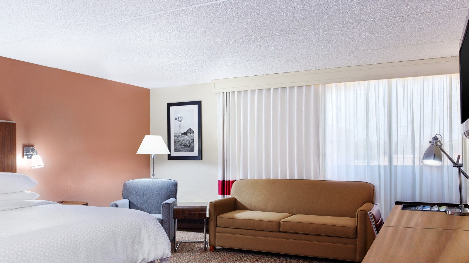 College Station Accommodations - Deluxe Room